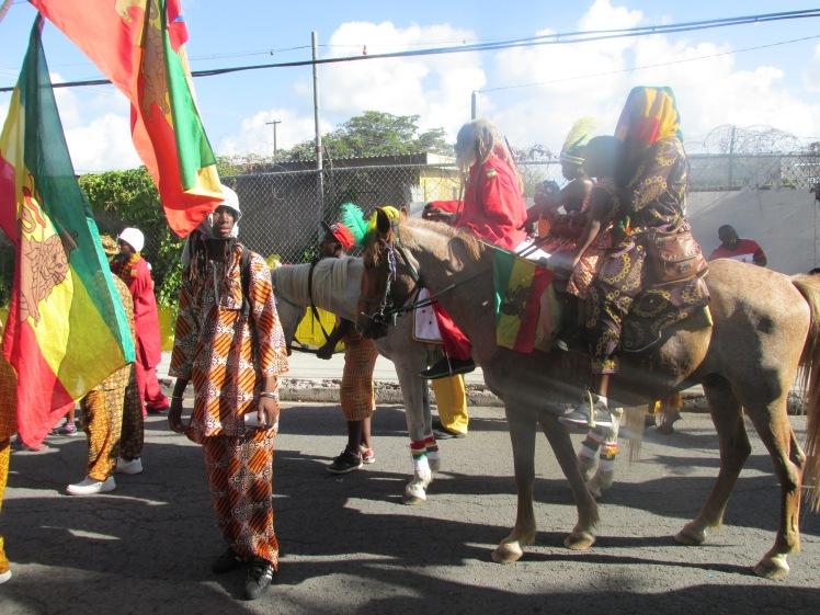 Horseback troupe