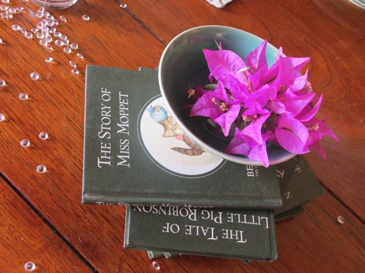 Book club centrepiece ideas