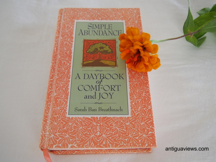 A Daybook of Comfort and Joy by Sarah Ban Breathnach